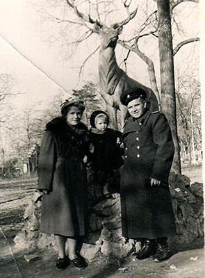 Прогулка с родителями в парке А.С. Пушкина